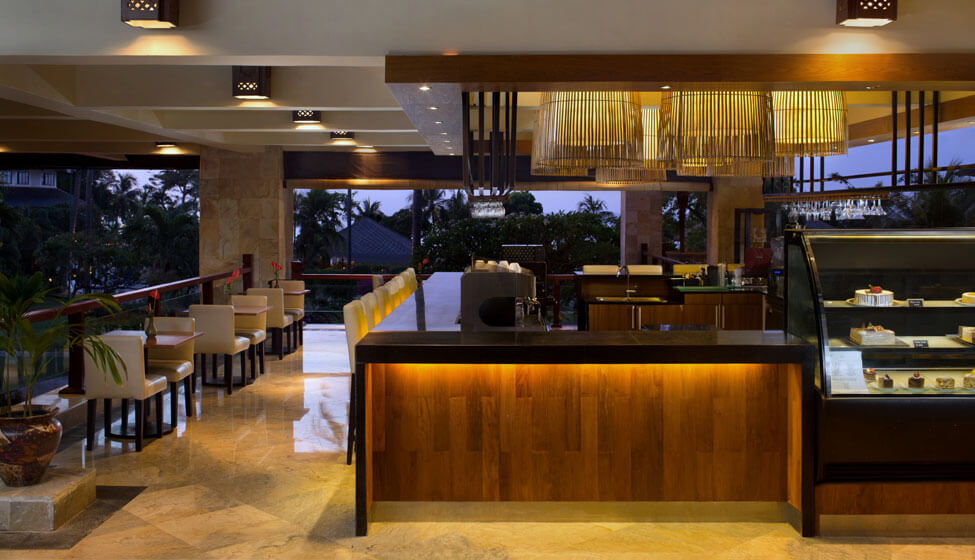 Sunset Bar Lounge - Discovery Kartika Plaza Hotel - Bali