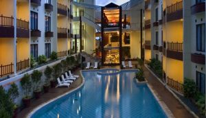 Swimming Pool - Palace Hotel Cipanas
