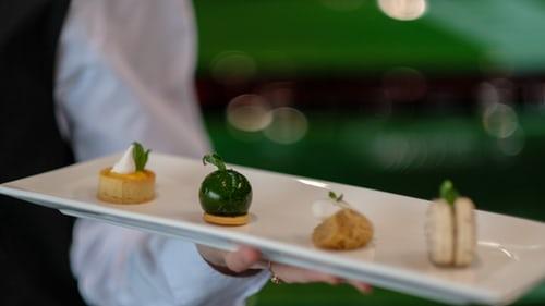 menikmati kuliner dari chef terbaik
