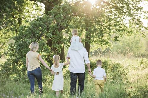 perhatikan jumlah anggota keluarga