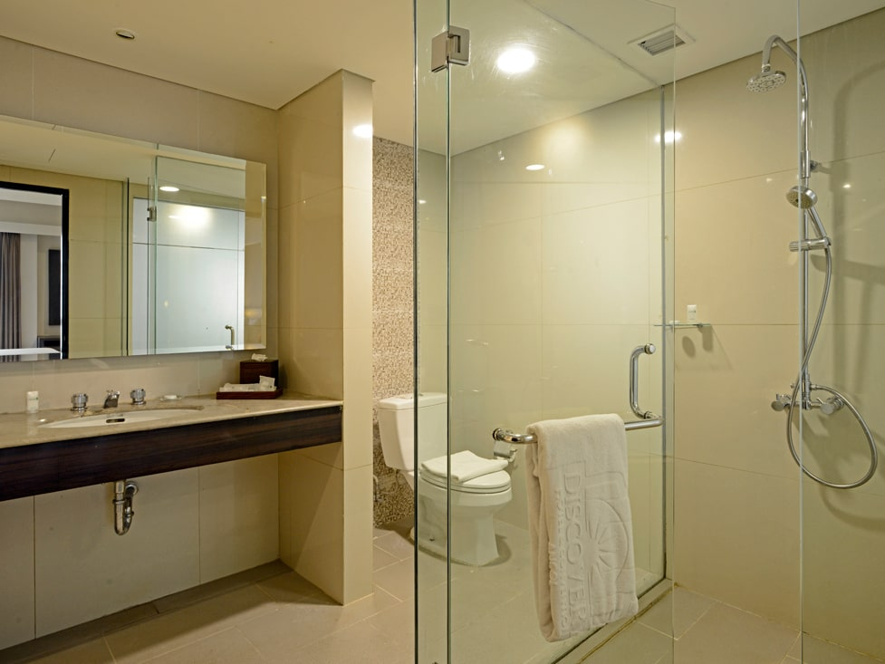 Deluxe Room - Bathroom - Discovery Ancol