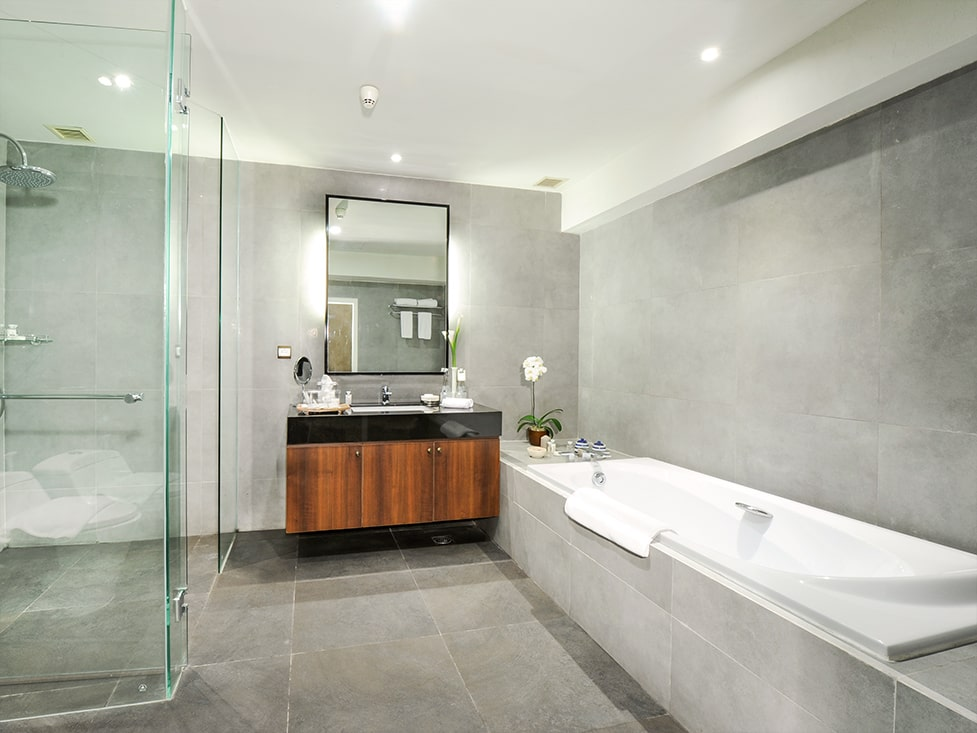 Discovery Suite - Bathroom - Discovery Ancol