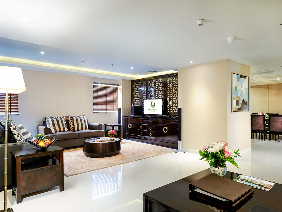 Discovery Suite - Living Room - Discovery Ancol