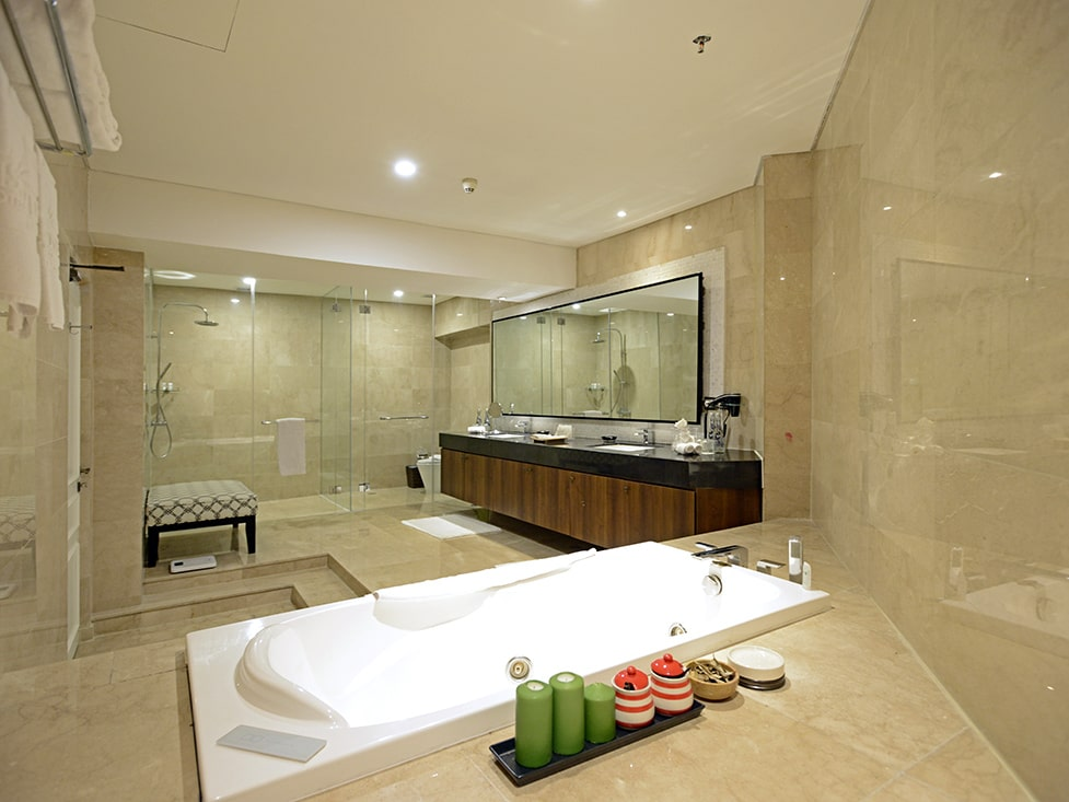 Presidential Suite - Bathroom - Discovery Ancol