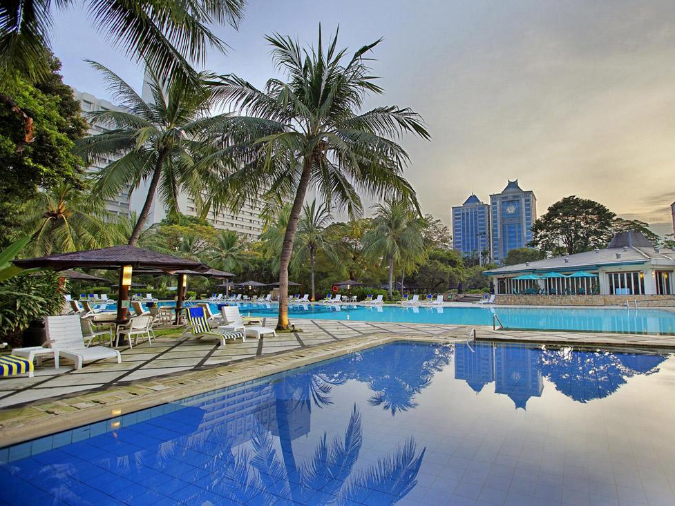 Olympic-size Swimming Pool - Hotel Borobudur Jakarta