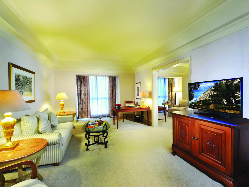 Club Suite - Living Room - Hotel Borobudur Jakarta