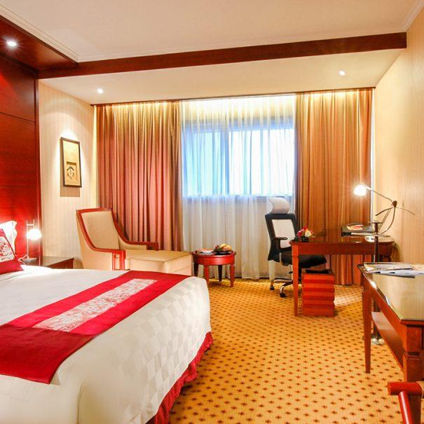 Premier Deluxe - King Size Bed - Hotel Borobudur Jakarta
