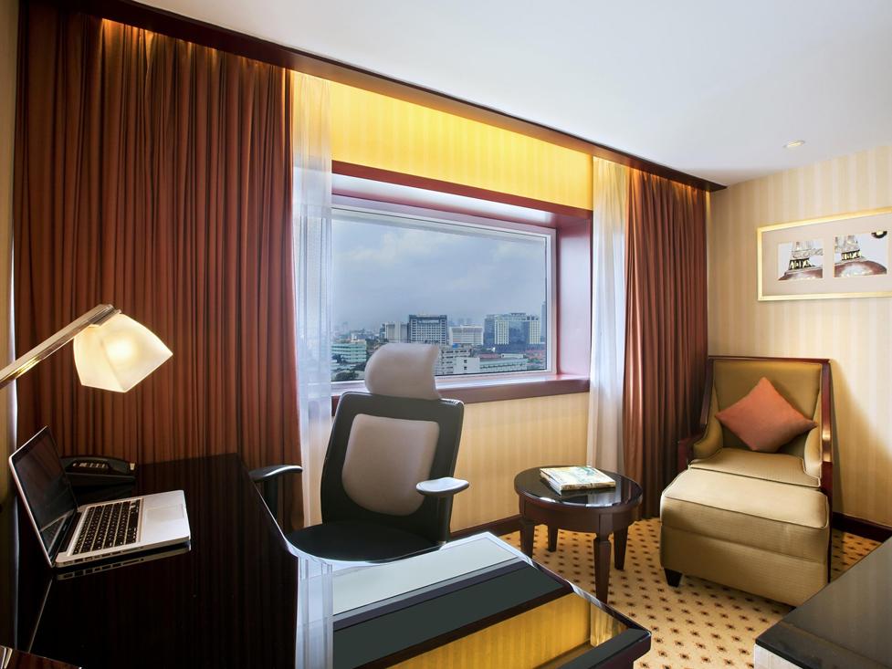 Premier Deluxe - Hotel Borobudur Jakarta