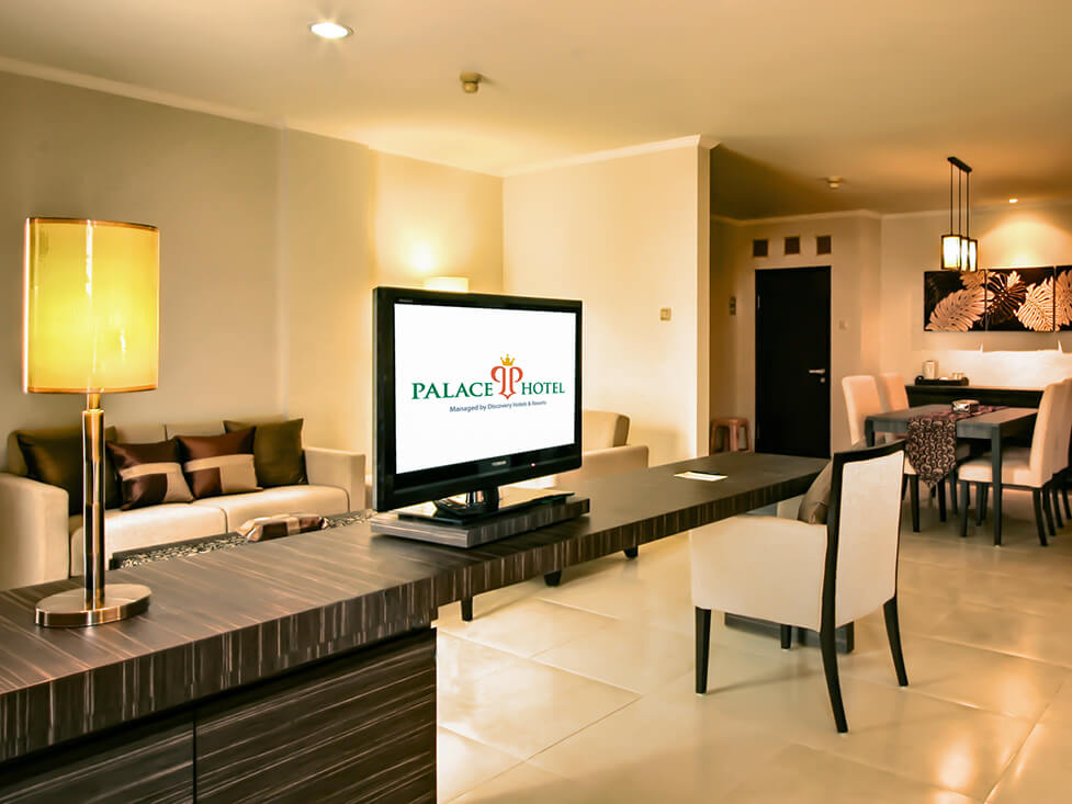 Suite Room - Living Room - Palace Hotel Cipanas