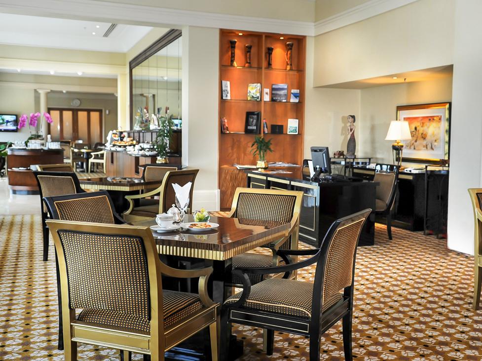Discovery Club Lounge - Hotel Borobudur Jakarta