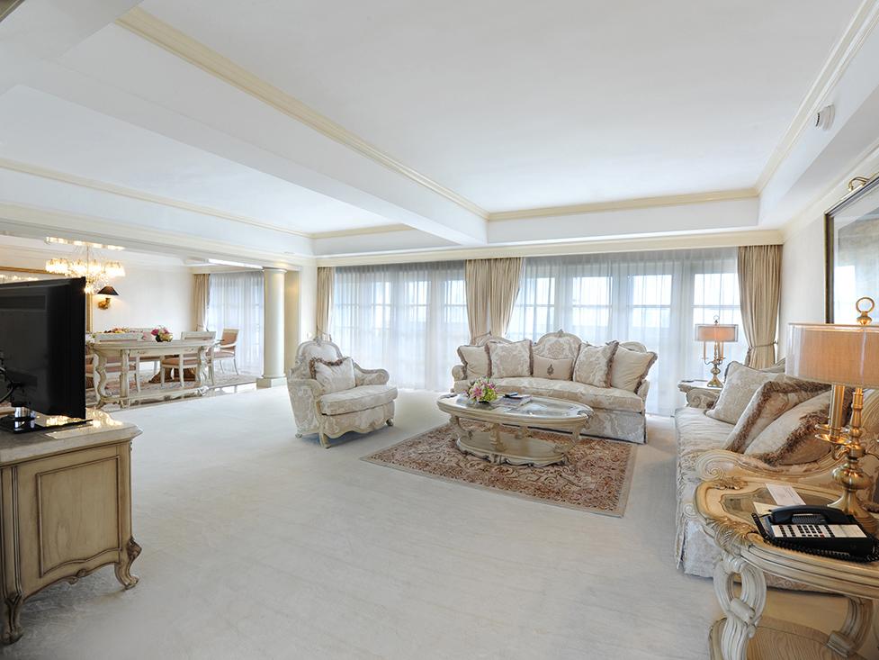 Presidential Suite Living Room - Hotel Borobudur Jakarta