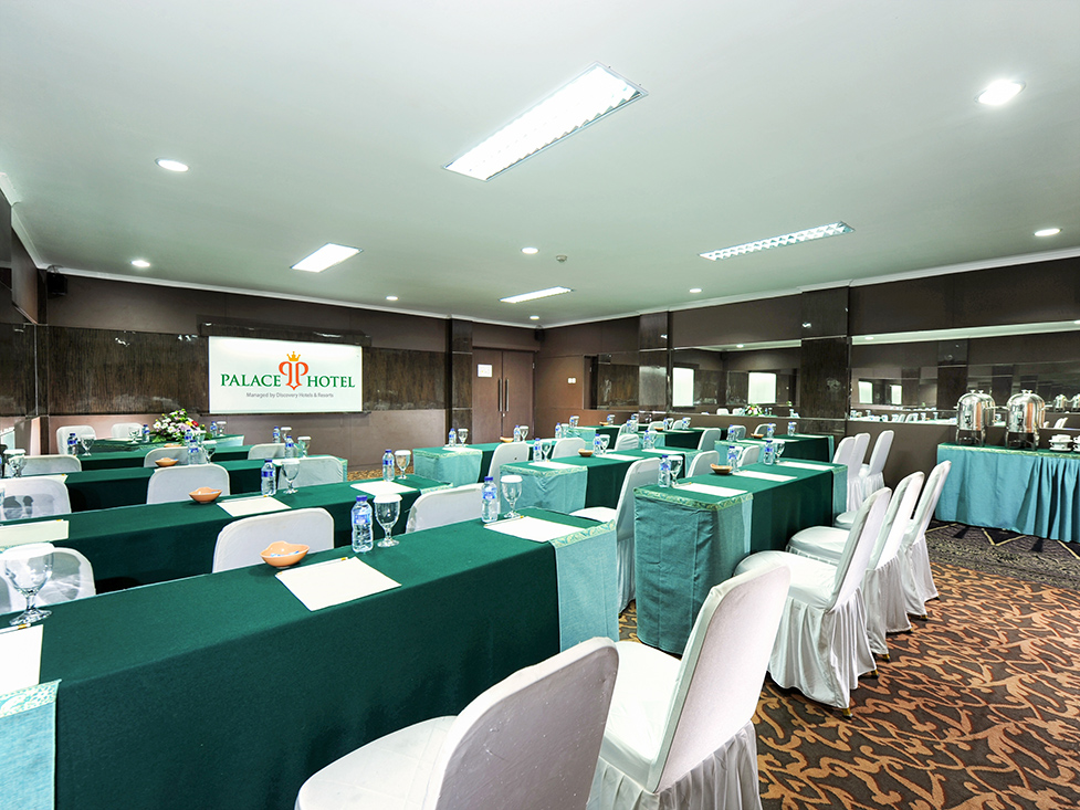 Business Meeting - Classroom - Palace Hotel Cipanas