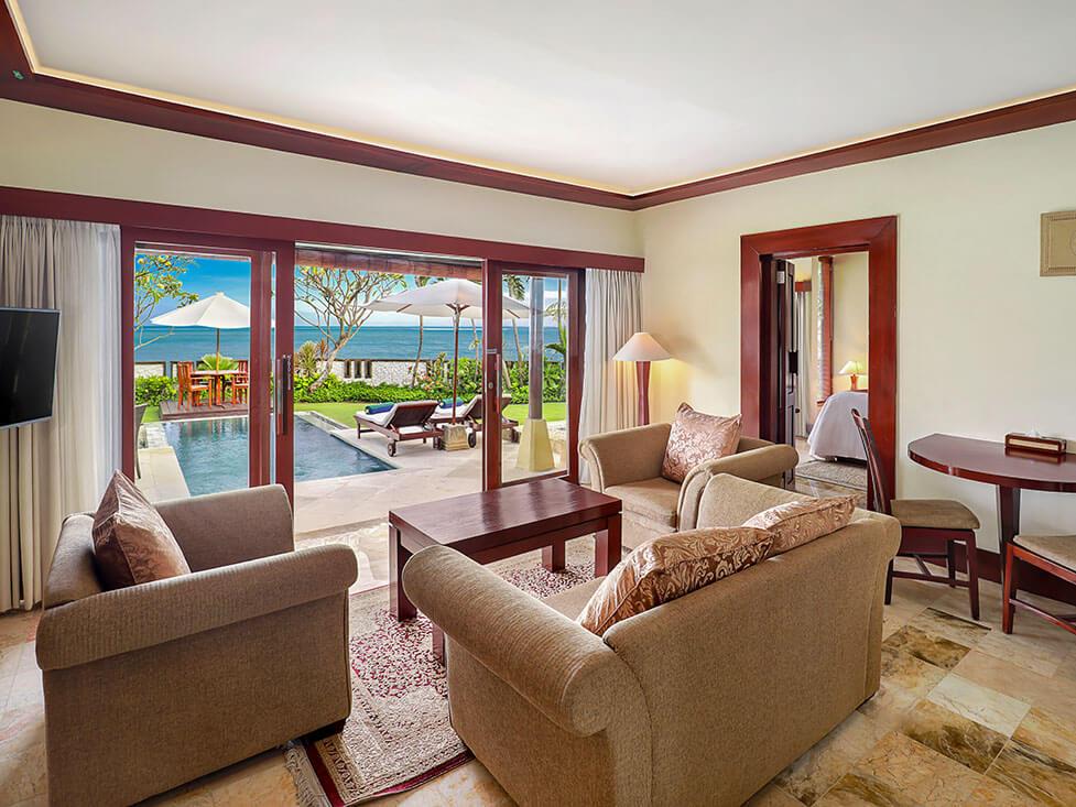 Beachfront Villa - Living Room - Discovery Kartika Plaza Hotel