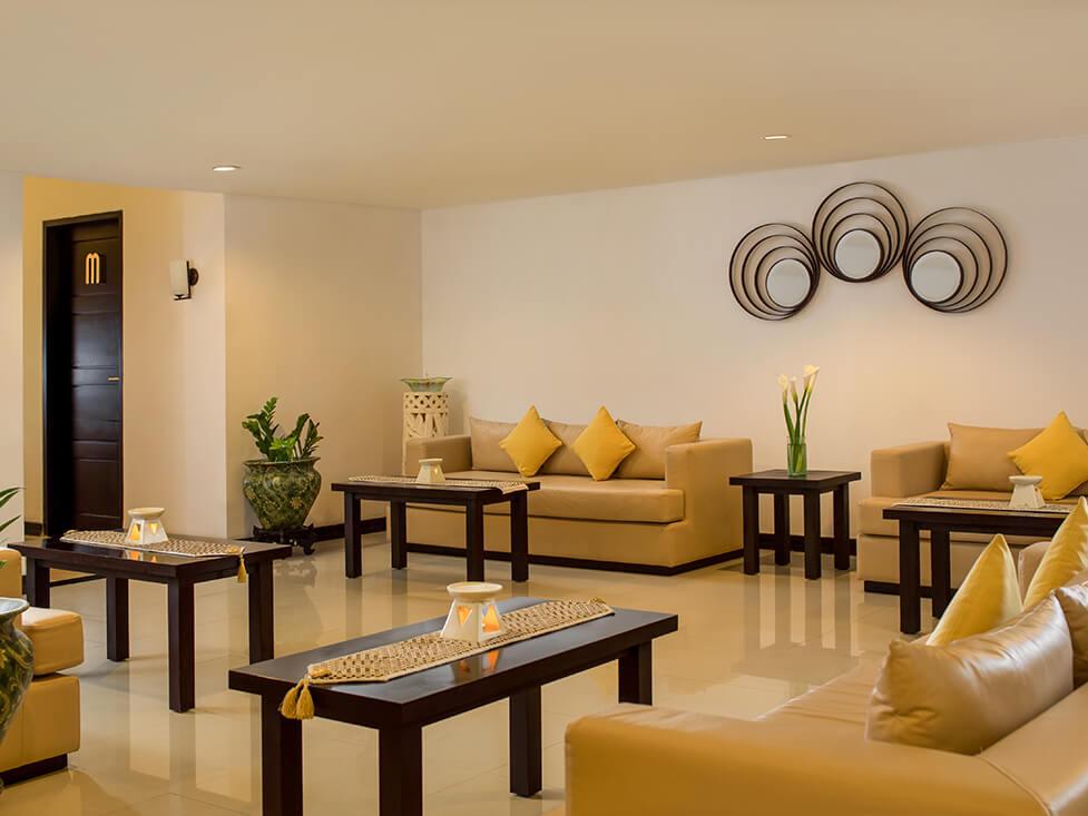 Discovery Spa - Lounge - Discovery Kartika Plaza Hotel
