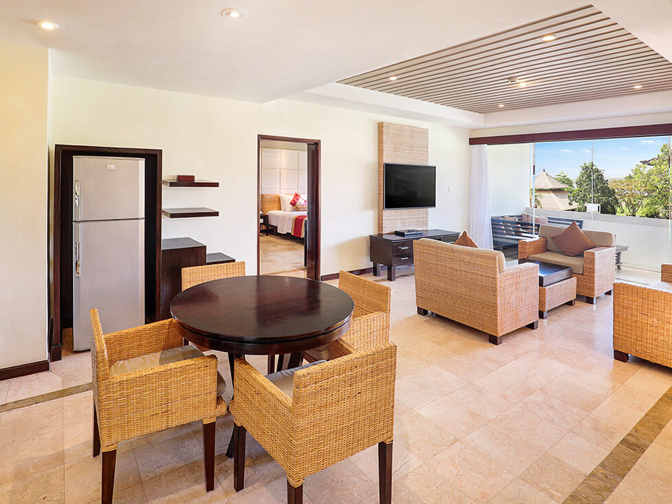 Discovery Suite - Living & Dining Room - Discovery Kartika Plaza Hotel