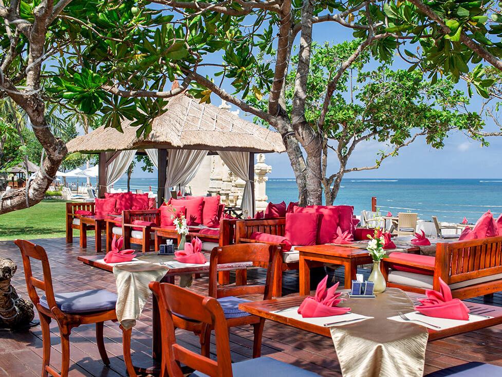 Tepan Restaurant - Discovery Kartika Plaza Hotel