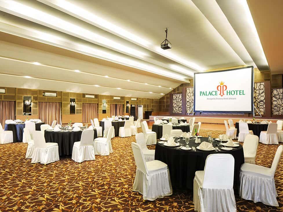Business Meeting - Ballroom - Palace Hotel Cipanas