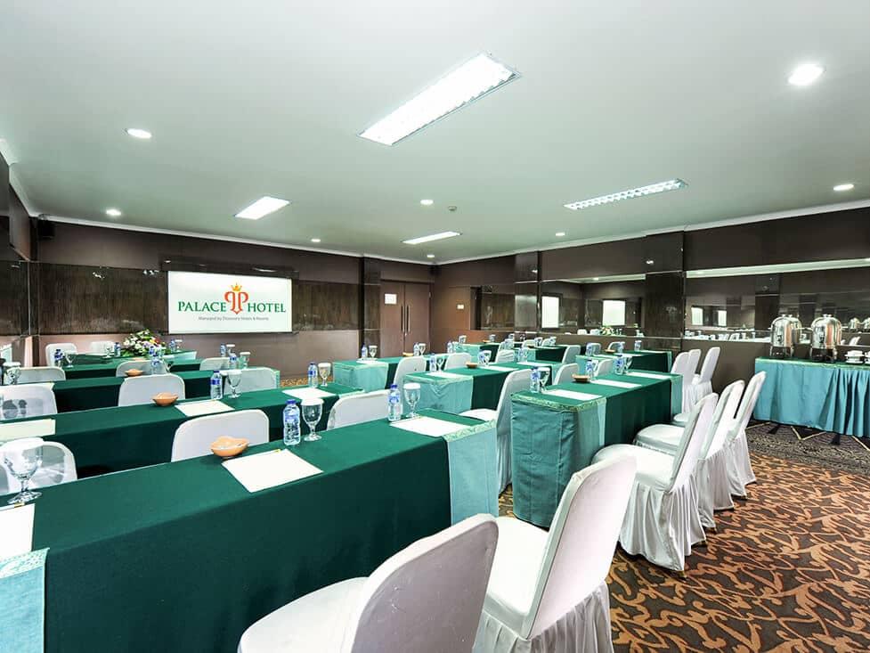 Business Meeting - Classroom - Palace Hotel Cipanas