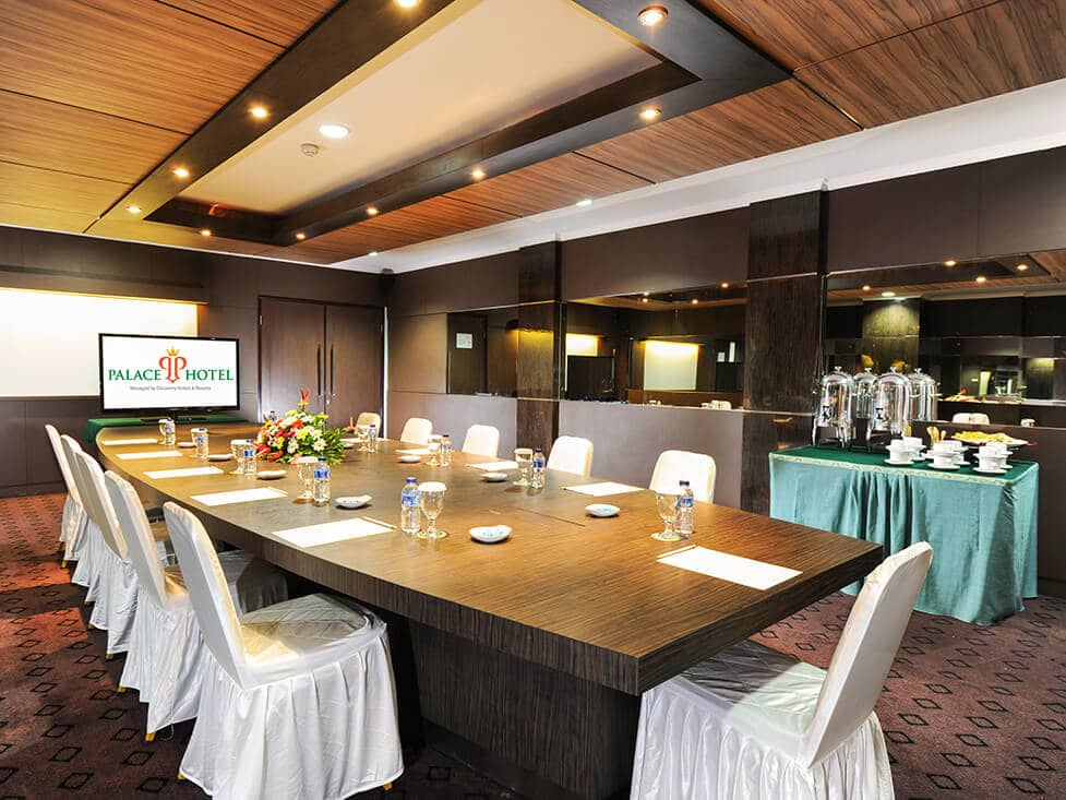 Business Meeting - Confrence - Palace Hotel Cipanas