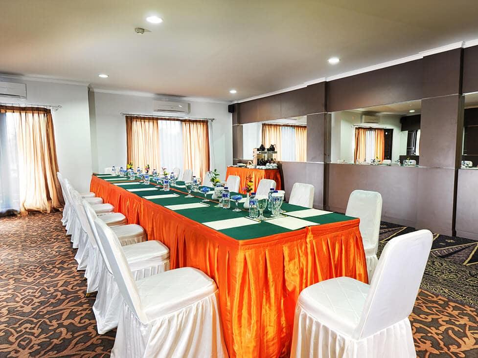 Business Meeting - Mess Hall - Palace Hotel Cipanas