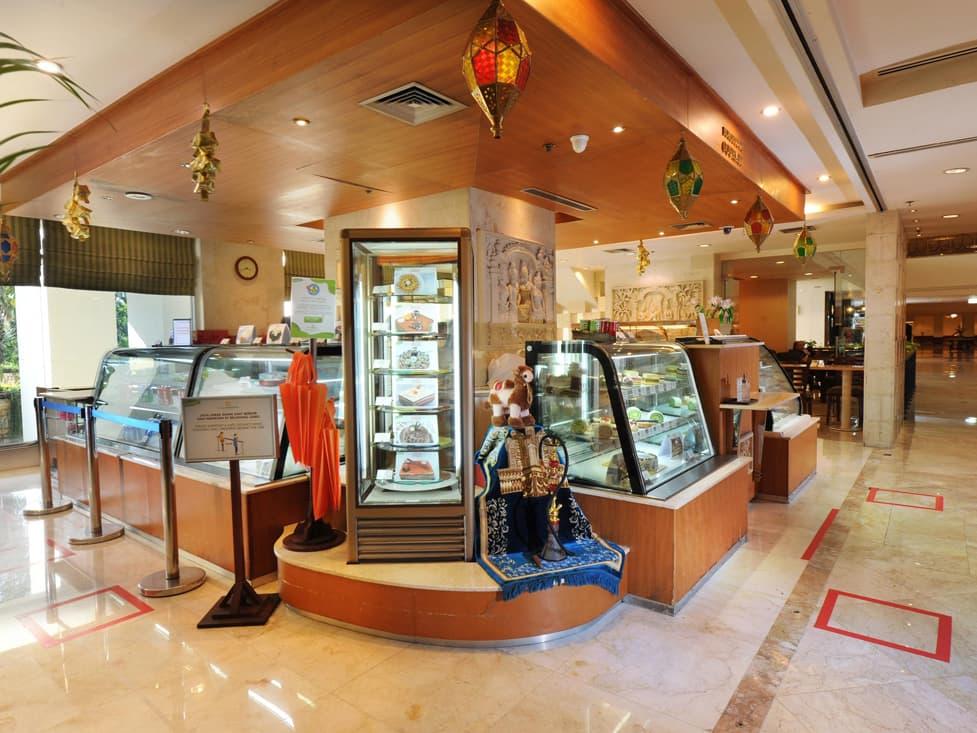 Borobudur Gourmet - Hotel Borobudur Jakarta