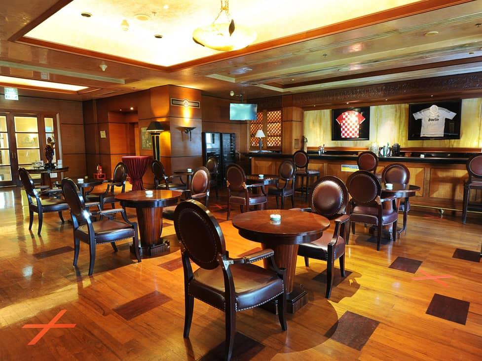Churchill Wine & Cigar Bar - Hotel Borobudur Jakarta