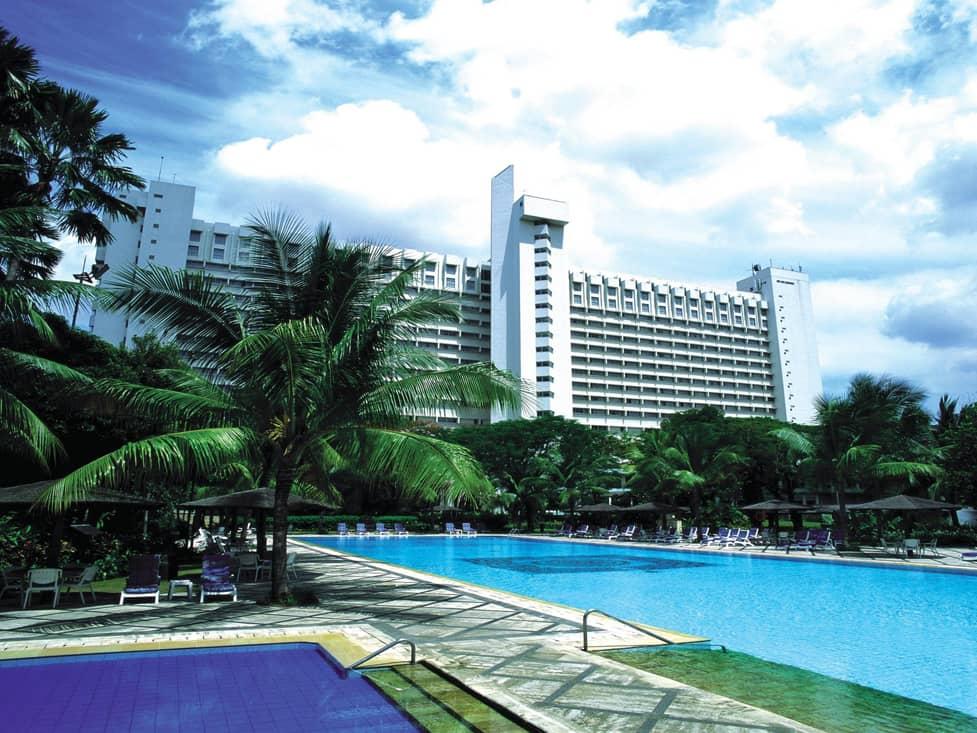 Leisure - Olympic Size Pool - Hotel Borobudur Jakarta