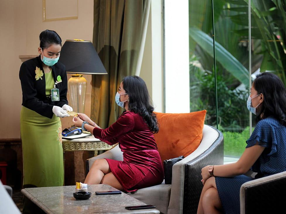 Pendopo Lounge - Hotel Borobudur Jakarta