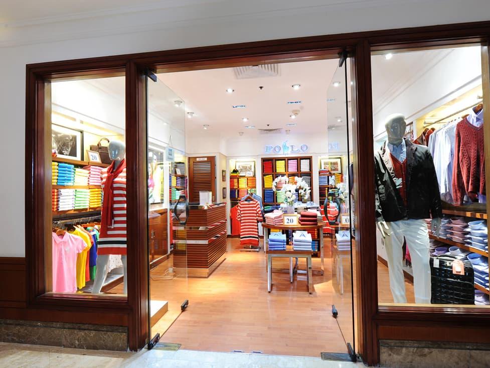 Gift Shop & Merchants - Apparel Outlets - Hotel Borobudur Jakarta