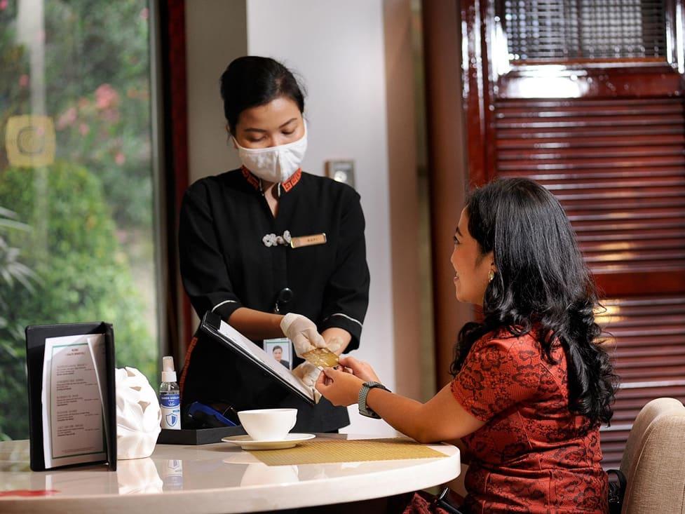 Teratai Chinese Restaurant - Hotel Borobudur Jakarta